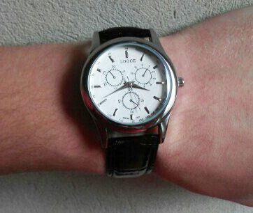 Стильний годинник - унісекс