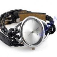 Моднии женские наручние часы